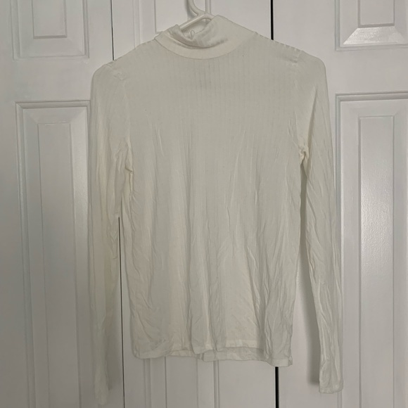 American Eagle Outfitters Tops - SOFT AND SEXY AMERICAN EAGLE WHITE MOCK NECK SHIRT
